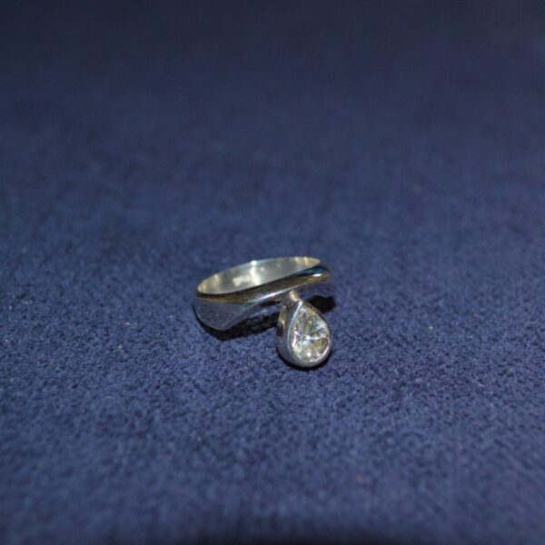 Anillo de plata 925 con cristal