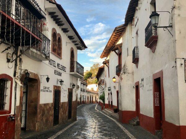 Un ejemplo de innovación en joyería de plata es Taxco, Guerrero